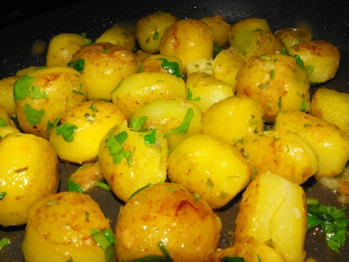 steamed garlicky potatoes